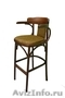 Барные деревянные стулья и кресла